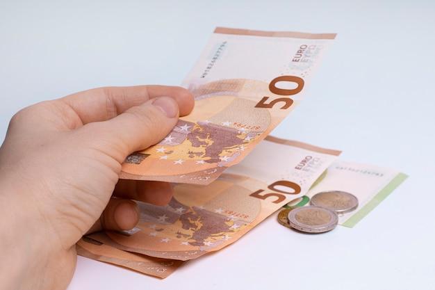 ヨーロッパの通貨、紙幣、硬貨。ビジネスと金融。ヨーロッパの経済と銀行。
