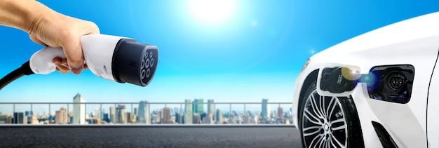 친환경 에너지와 에코파워를 컨셉으로 한 전기차용 전기차 충전소