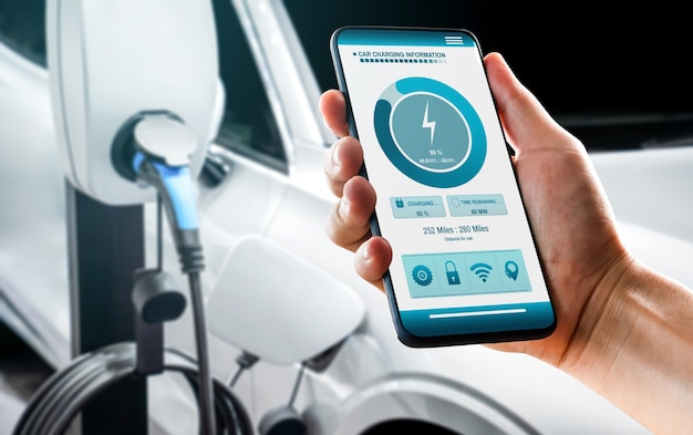 모바일 앱이 충전기 상태를 표시하는 전기 자동차용 ev 충전 스테이션