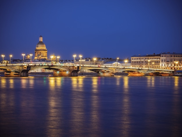 Вечерний санкт-петербург, россия