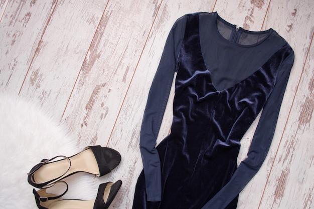 Evening velvet blue dress with chiffon