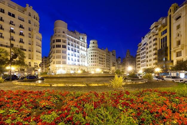 Evening view of placa del ajuntament. valencia