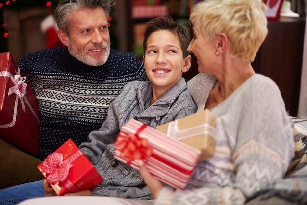 誰もがクリスマスの時期が大好きです