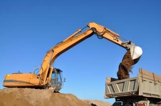 Excavator grit