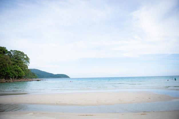 タイ、クッド島の素晴らしい海とビーチ観光客がいないとき