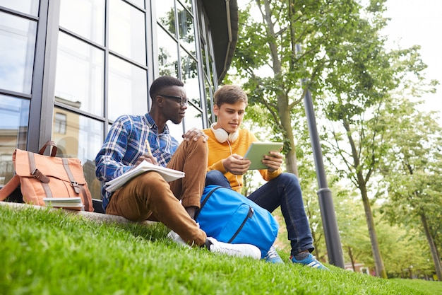 大学の交換留学生