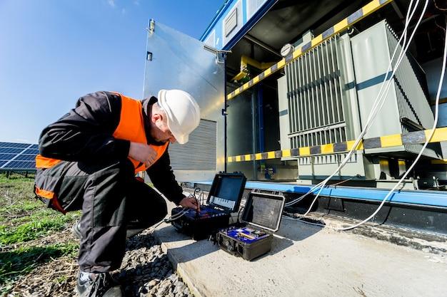 Выполнение электромеханических работ на силовом трансформаторе.