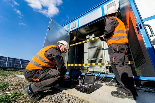 전력 변압기에 대한 전기 측정 작업 수행