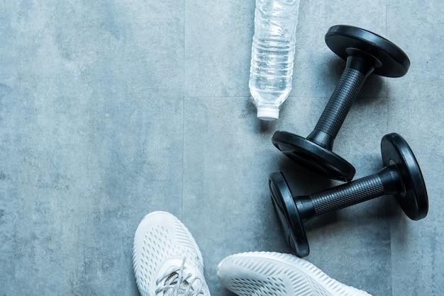 フィットネス、健康的なスポーツ、健康でしっかりした運動