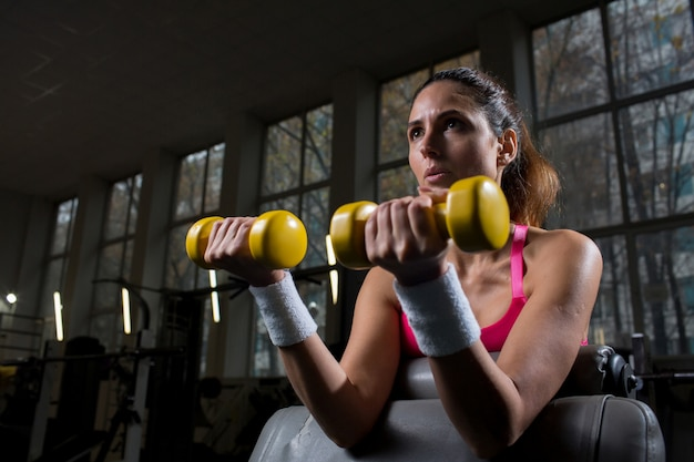 Exercising with dumbbells
