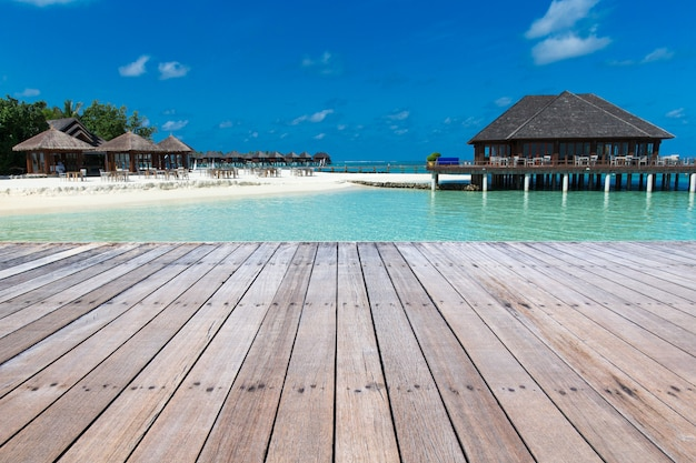 エキゾチックなビーチの背景。夏の旅行と観光、休暇先のコンセプト。