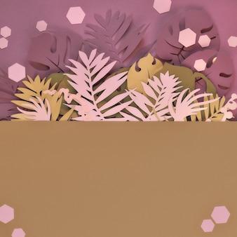 エキゾチックな紙の葉、マスタードとピンクのヤシとモンステラ。