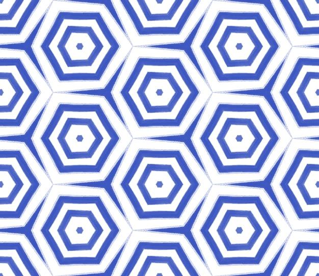 이국적인 완벽 한 패턴입니다. 남색 대칭 만화경 배경입니다. 여름 수영복 이국적인 매끄러운 디자인. 섬유 준비 놀라운 인쇄, 수영복 직물, 벽지, 포장.