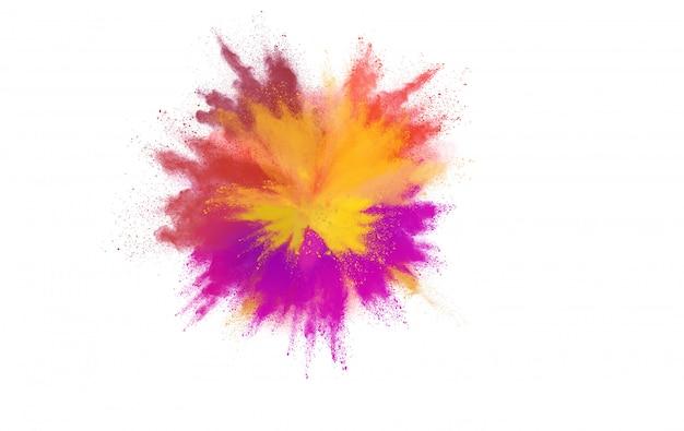 Взрыв цветной порошок на белом фоне