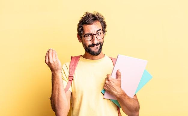 표현력 있는 미친 남자가 당신에게 지불하라고 말하는 capice 또는 돈 제스처를 만듭니다. 성인 학생 개념