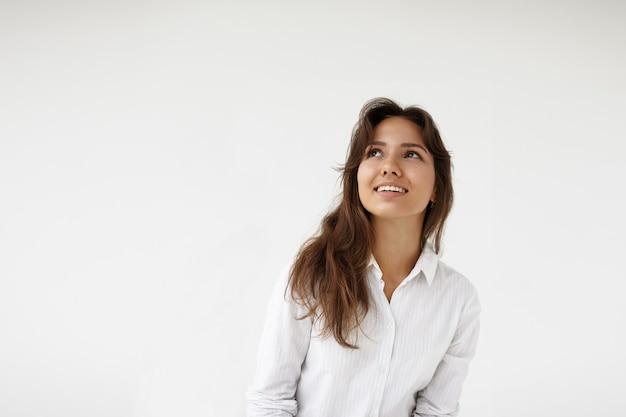 포즈 표현 젊은 여자