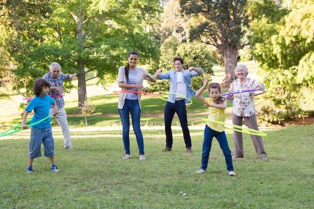 Расширенная игра для семьи с обручами