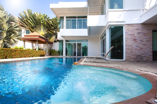 Exterior design swimming pool of the house