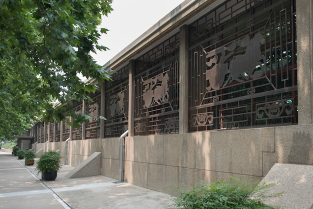 Внешний вид музея армий «терракотовая воинов», сиань, шэньси, китай.