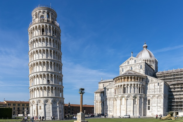 Внешний вид пизанской башни тоскана италия