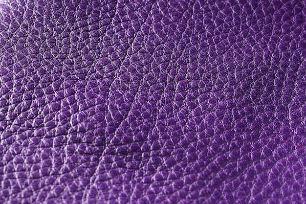 Tessuto in pelle viola estremamente ravvicinato