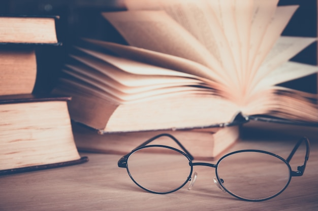 Eye glasses with book
