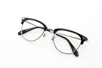 Eyeglasses wear