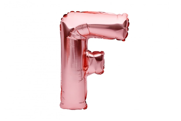 Буква f из розового золота надувной гелиевый шар изолирован на белом. золотая розовая фольга шар шрифт часть полного алфавита набор заглавных букв.