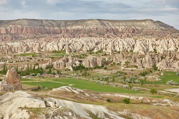 Сказочные пейзажи гор каппадокии гёреме