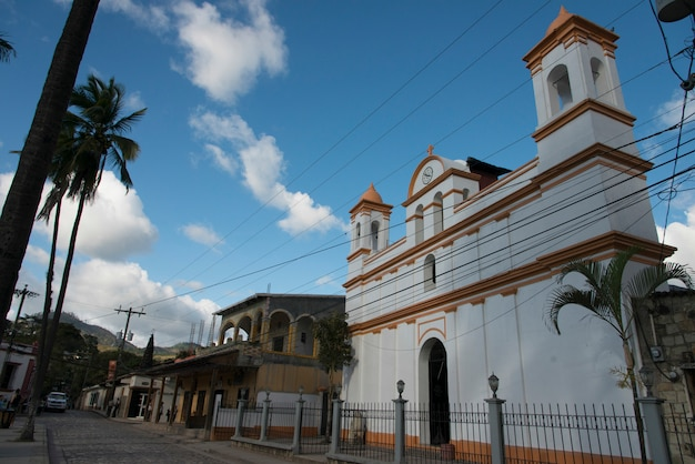 Фасад церкви, баррио-эль-центро, копан, копан-руинас, гондурас