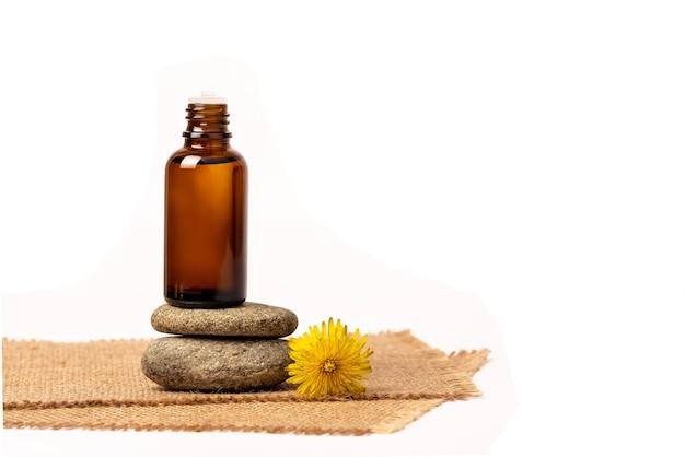Масло для лица, сыворотка или цветочное масло. натуральная косметика. желтые цветы. на вретище.