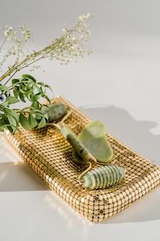 Кварцевый ролик для лица для антивозрастного массажа лица, китайский инструмент красоты гуаша.