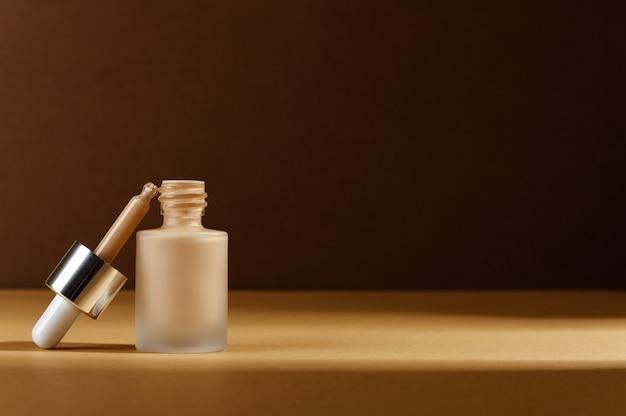 Facial foundation liquid cream for correction skin