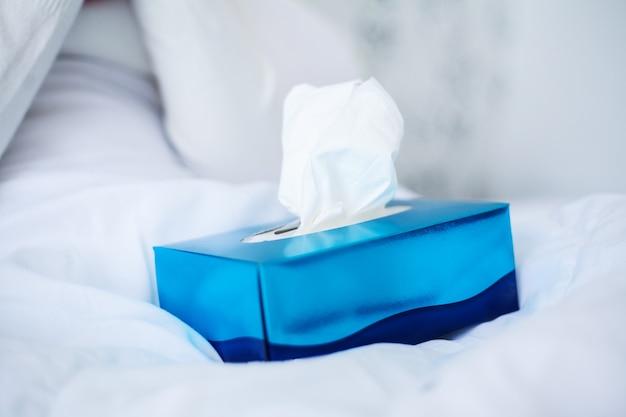Коробка кубика лицевых тканей