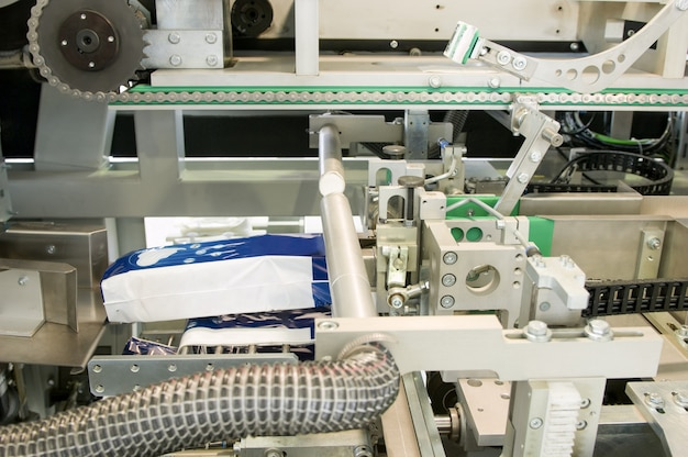 여성용 생리대 생산을 위한 공장 및 장비 여성용 생리대