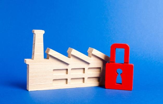 Заводская фигурка и красный замок закон о запрете размещения промышленных объектов
