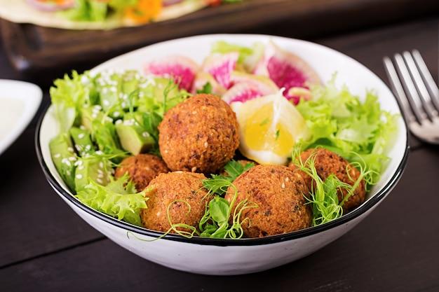 Falafel and fresh vegetables