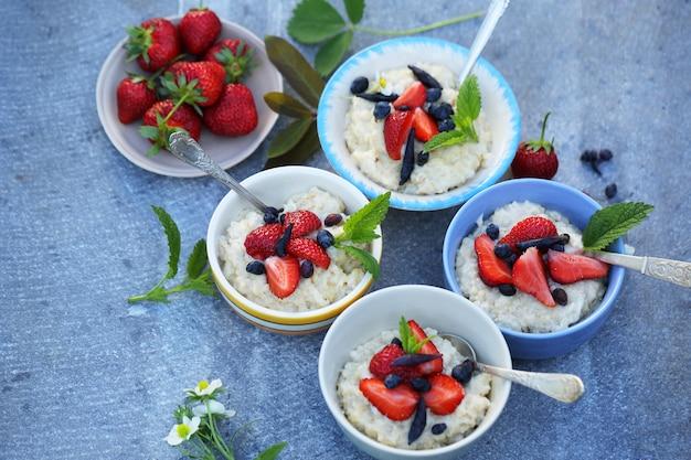 果実と家族の朝食