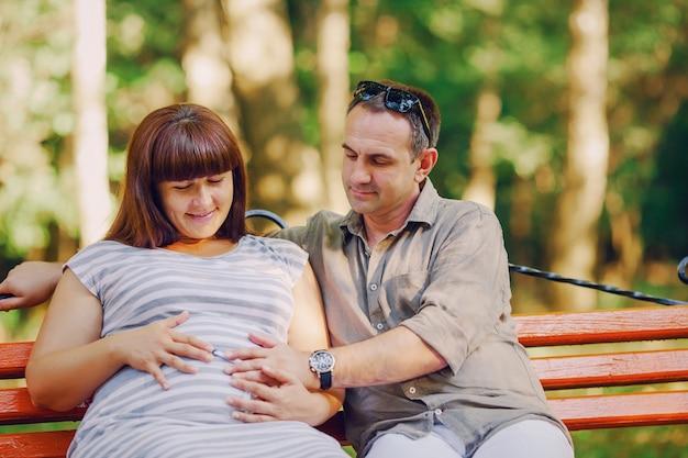 Family summer motherhood pregnant drees