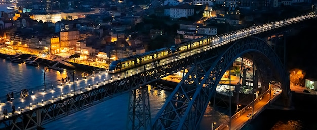 밤에 유명한 다리 luis i, 포르투, 포르투갈, 유럽