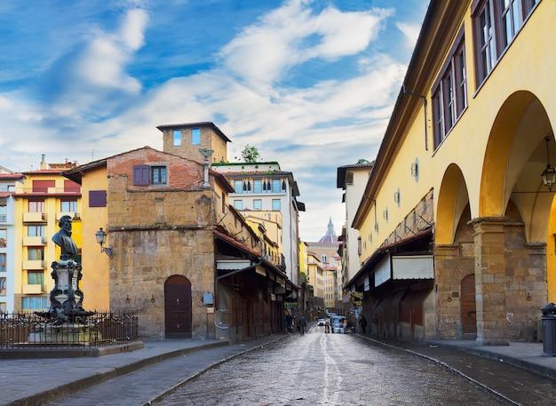 유명한 다리 ponte vecchio 거리, 피렌체, 이탈리아