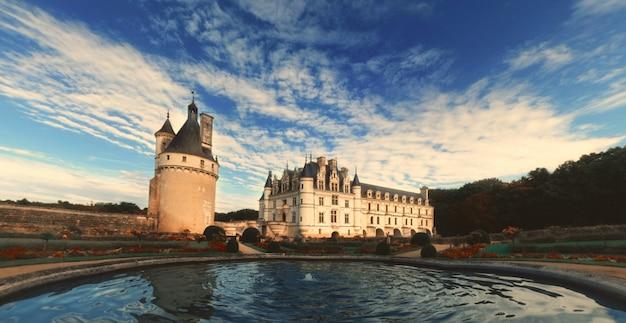 Famous castelo de chenonceau in france