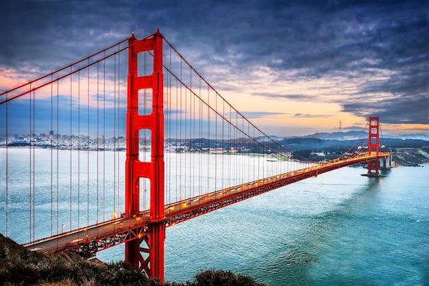 유명한 금문교, 샌프란시스코 밤, 미국