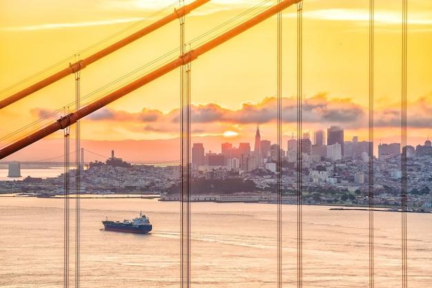 유명한 금문교, 샌프란시스코 일몰, 미국