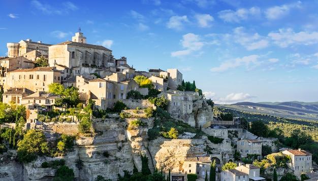 Знаменитая средневековая деревня горд на юге франции