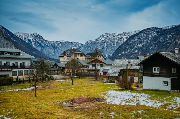 Famous hallstatt mountain village and alpine lake landscape