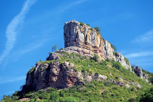 Знаменитая скала солютре, бургундия, франция