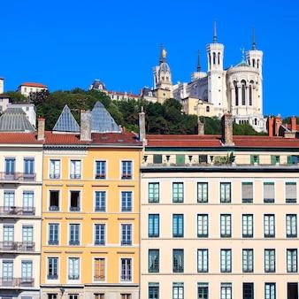 ノートルダム・ド・フルヴィエール、リヨン、フランスの有名な景色