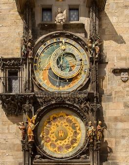 유명한 중세 천문 시계, 프라하입니다. 체코 공화국.
