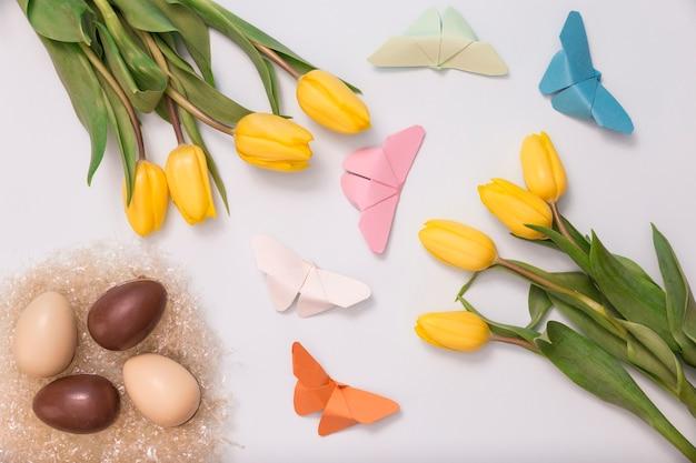 春のアイテムとのファンタスティック構図